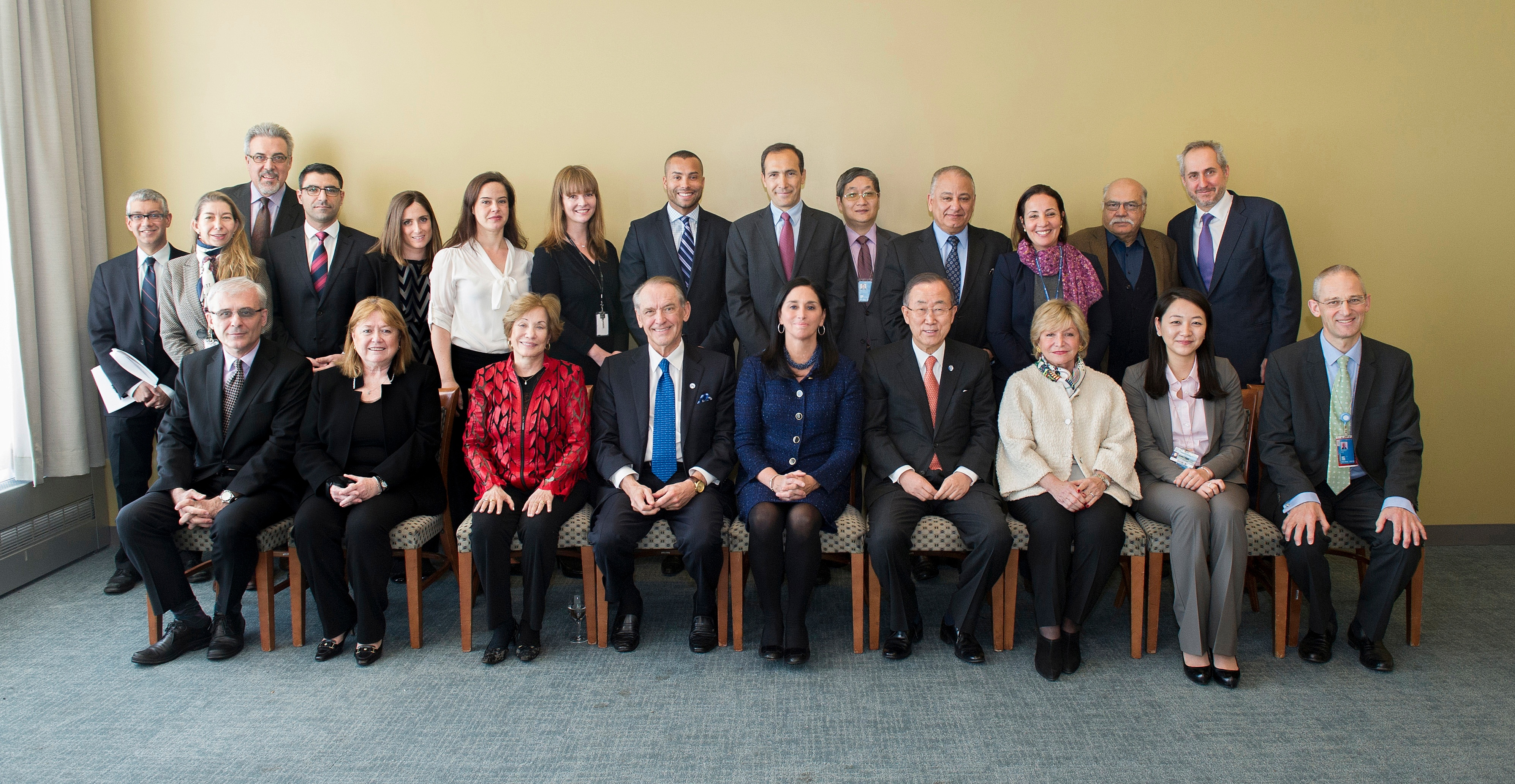The 2014 UNCA Executive Committee with UN Secretary General (group photo)